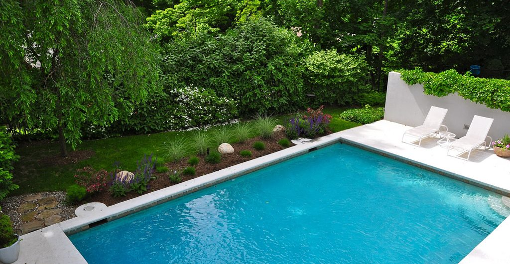 California Style Walkways And Pool, Along The Hudson River